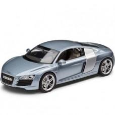 *Масштабная модель Автомобиля Audi R8 (1:43)