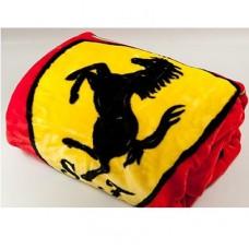 *Красный плед с логотипом Ferrari (150х200 см)