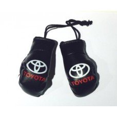 Брелок на зеркало - боксерские перчатки Toyota