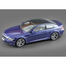Масштабная коллекционная модель (1-18) - BMW M6 Coupe 2005
