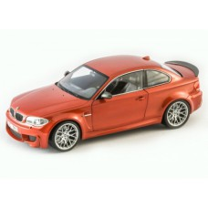 Коллекционная модель (1:18) - BMW M1 Coupe 2011