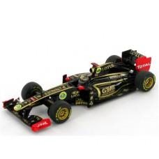 *Масштабная модель Болида (1:43) Lotus Renault GP R31, гонщик -  Nick Heidfeld