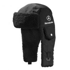 *Спортивная мужская шапка ушанка Mercedes